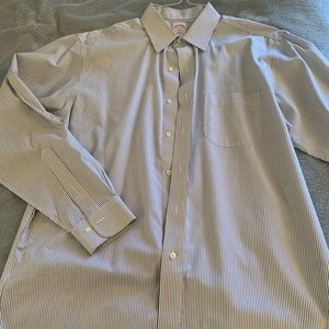 Brooks Brothers Men's striped dress shirt